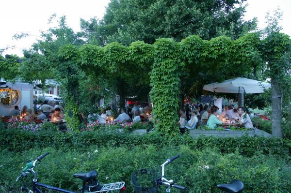 rosengarten carusufer 12 in 01099 dresden restaurants italienische k che. Black Bedroom Furniture Sets. Home Design Ideas