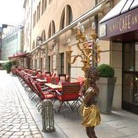 Kunst Cafe Antik in Dresden auf restaurant01.de