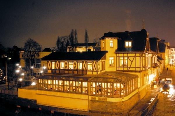 schillergarten schillerplatz 9 in 01309 dresden restaurants b hmische k che. Black Bedroom Furniture Sets. Home Design Ideas